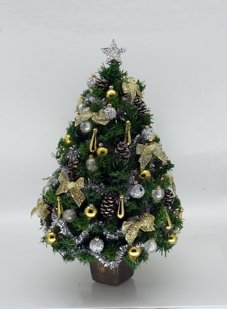 "6"" Dollshouse Miniature Luxury Golden Christmas Tree"
