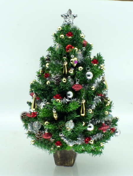 "Dollshouse Miniature Luxury 6"" Christmas tree"