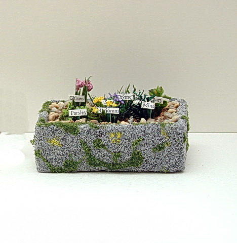 Mossy Herb Trough